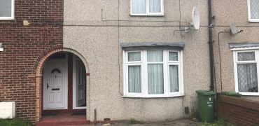 2 bedroom house, Goresbrook Road, Dagenham Essex. RM9