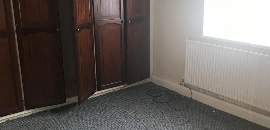 2 bedroom house, Goresbrook Road, Dagenham Essex. RM9