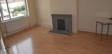 2 Bedroom Flat, 44 Whalebone Ln South, Dagenham